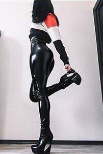 black-mirror-ultra-shiny-leggings-13