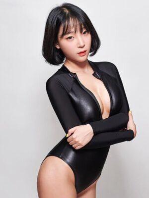 bond girl long sleeve bodysuit